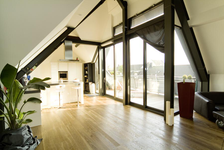 christina voege dachausbau schwerinstrasse. Black Bedroom Furniture Sets. Home Design Ideas
